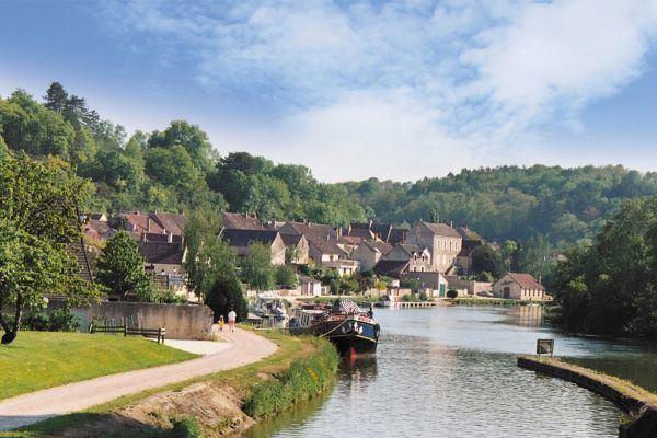 Canal du Nivernais wwwboatrentingnicolscoukdocumentsdestinatio