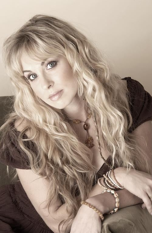 Candice Night Candice Night Blackmore39s Night Natural Long hair
