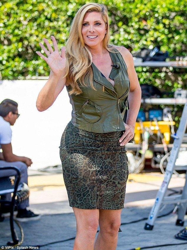 Candis Cayne Candis Cayne in leopard print skirt as she talks Caitlyn