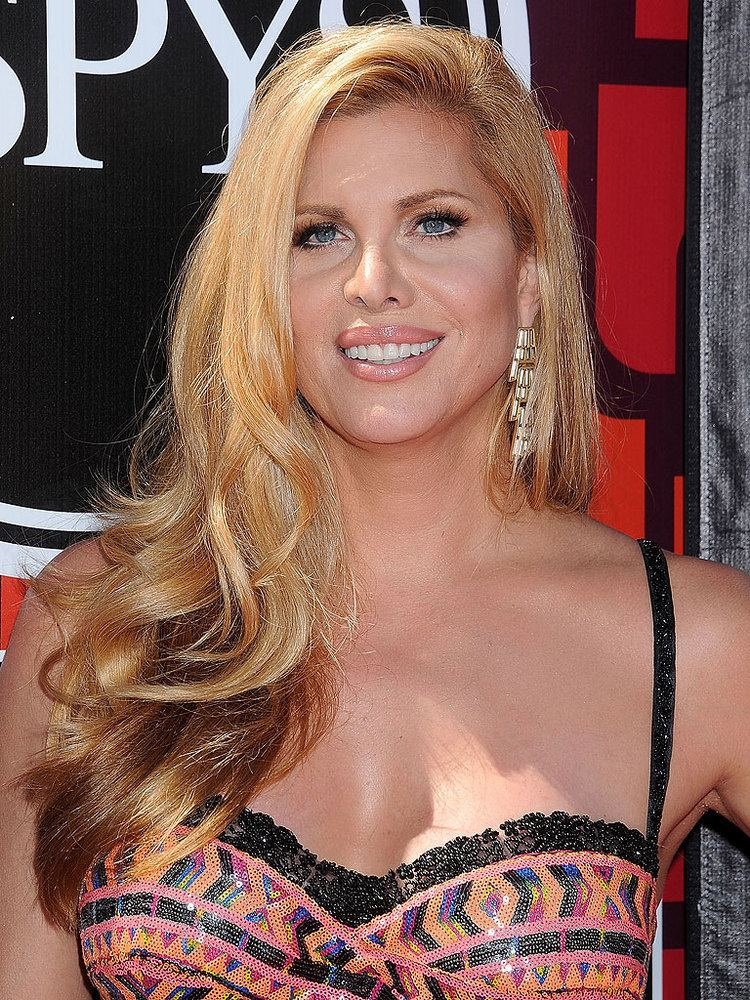 Candis Cayne img2timeincnetpeoplei2015news150817candis