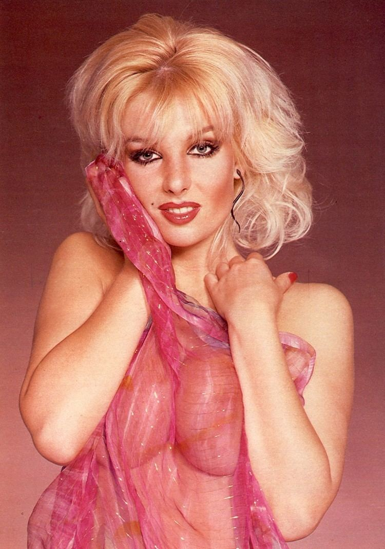 Candy Davis Miss Belfridge Mr Rumbolds buxom sectary from the sitcom Are You