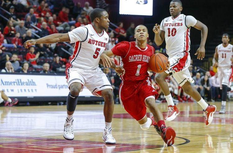 Cane Broome Cincinnati Basketball Cane Broome gives Bearcats more firepower