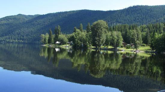 Canim Lake, British Columbia httpsmediacdntripadvisorcommediaphotos02