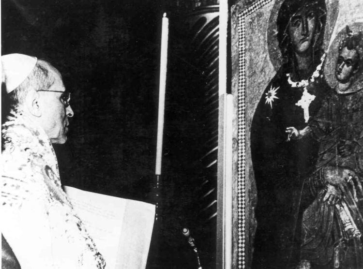 Canonical coronation