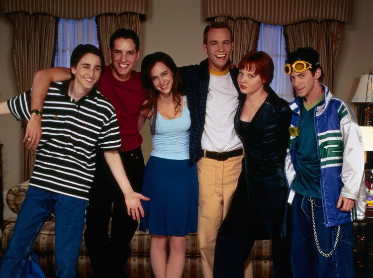 Can't Hardly Wait Cant Hardly Wait Turns 15 15 Interesting Facts About the Teen Film
