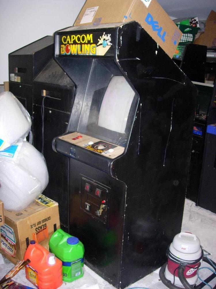 Capcom Bowling Capcom Bowling Arcade Game