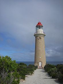 Cape du Couedic Lighthouse httpsuploadwikimediaorgwikipediacommonsthu