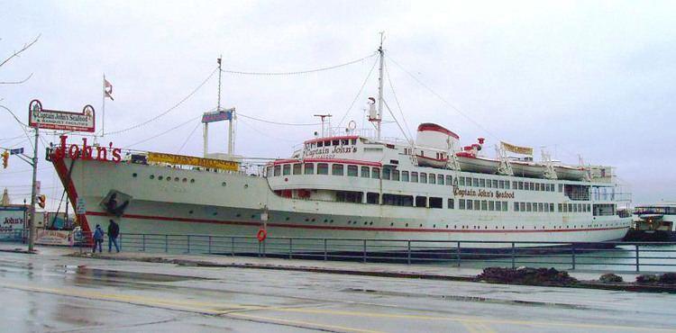 Captain John's Harbour Boat Restaurant