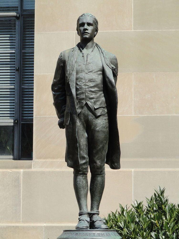Captain Nathan Hale (statue)