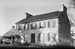 Captain William Lucas and Robert Lucas House httpsuploadwikimediaorgwikipediacommonsthu