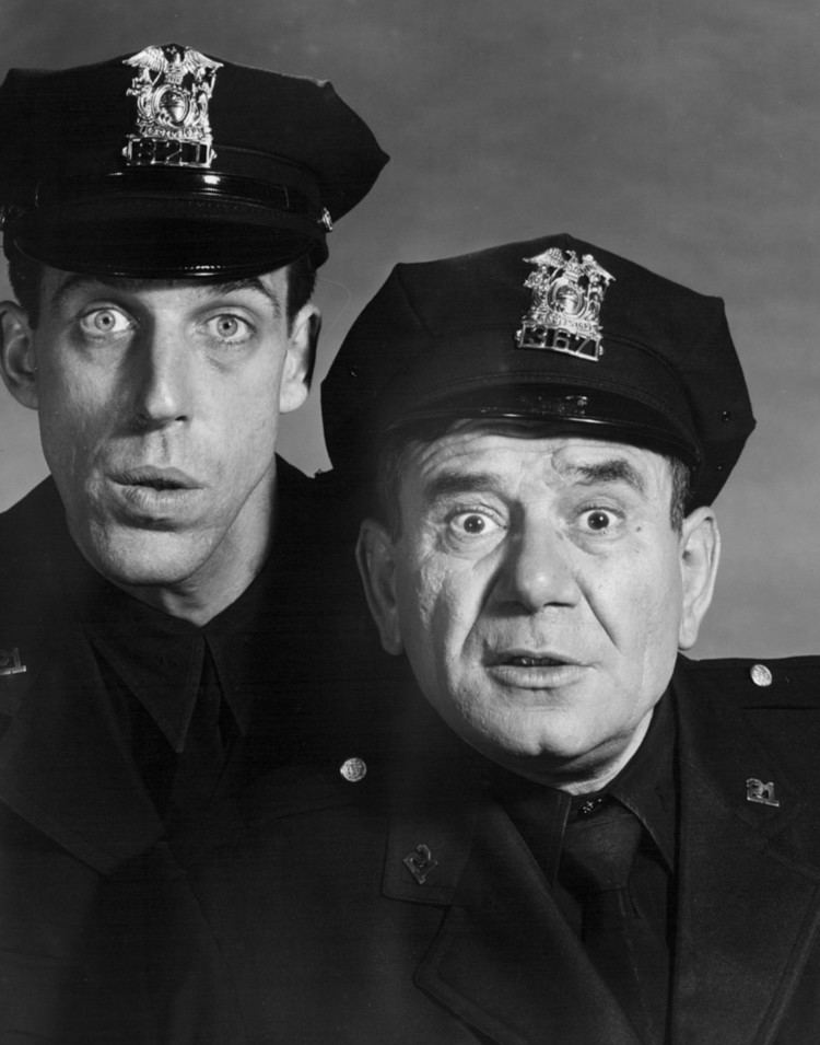 Car 54, Where Are You? FileFred Gwynne Joe E Ross Car 54 Where Are You 1962jpg