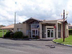 Cardan, Gironde httpsuploadwikimediaorgwikipediacommonsthu