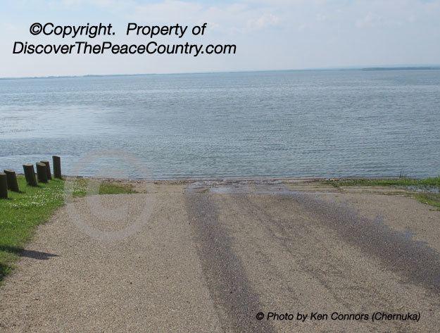 Cardinal Lake wwwdiscoverthepeacecountrycomhtmlpagesqueeneli