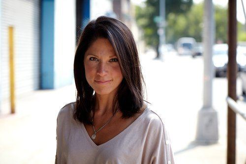 Carissa Phelps Interview with Carissa Phelps Author amp CEO of Runaway
