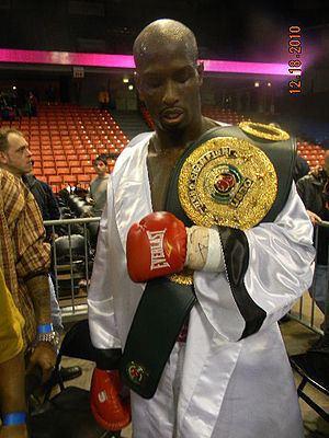 Carl Davis (boxer) httpsuploadwikimediaorgwikipediacommonsthu