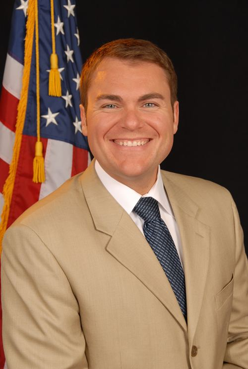 Carl DeMaio httpsuploadwikimediaorgwikipediacommonsee