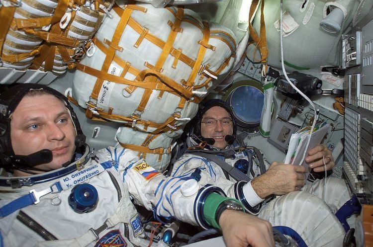 Carl E. Walz FileISS04 Yury Onufriyenko and Carl E Walz in the Soyuz TM33