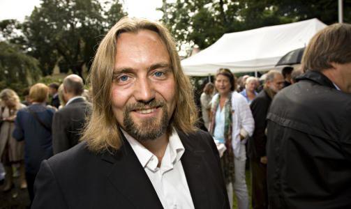 Carl Frode Tiller Carl Frode Tiller auteur de Encerclement Babelio