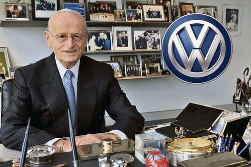 Carl Hahn Volkswagen Vor 60 Jahren Carl Hahn kam nach Wolfsburg WAZAZ