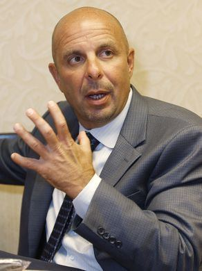 Carl Pelini Carl Pelini stung by revelation of coaching inquiry