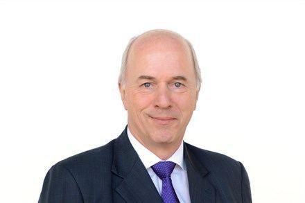 Carl-Peter Forster CarlPeter Forster Member of the Board of Directors Volvo Car