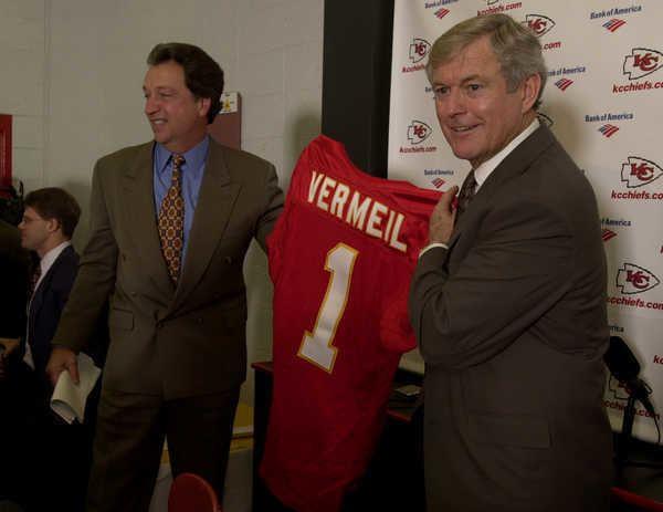Carl Peterson Dick Vermeil Talks Kansas City Chiefs Carl Peterson and