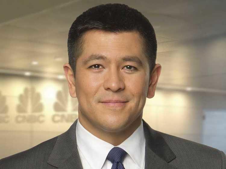 Carl Quintanilla CNBC39s Carl Quintanilla Questionnaire Business Insider
