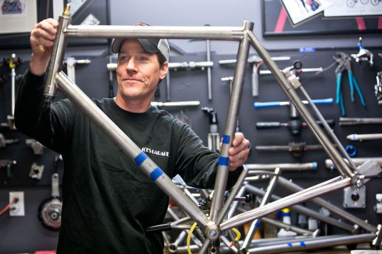 Carl Strong Clocking in with Carl Strong bicycle manufacturer Clocking In