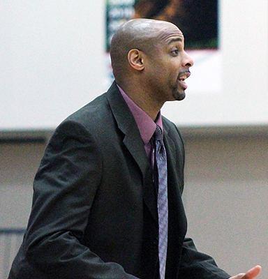 Carl Thomas (basketball) owensexpresscomsportsmbkbcoachesCarlThomasAc