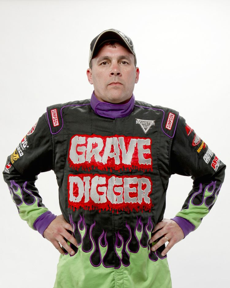 Carl van Horn Lets Chat With Carl Van Horn Monster Truck Driver of Grave Digger