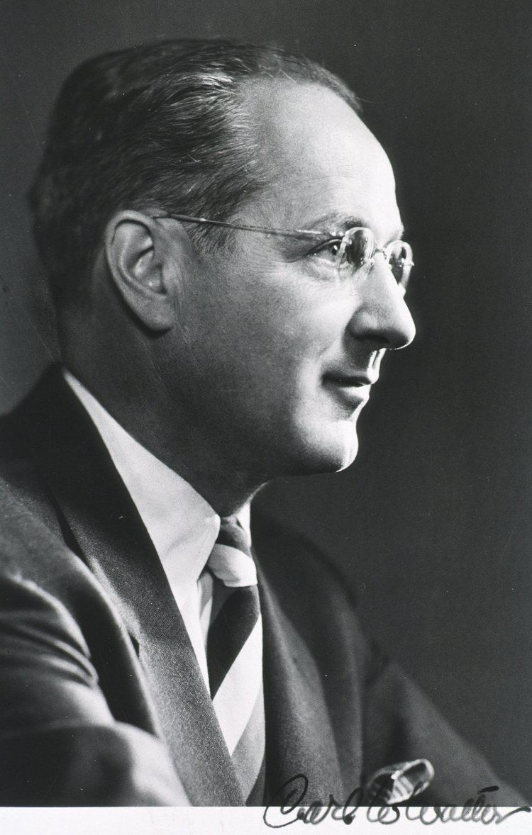 Carl W. Walter httpsuploadwikimediaorgwikipediacommons11