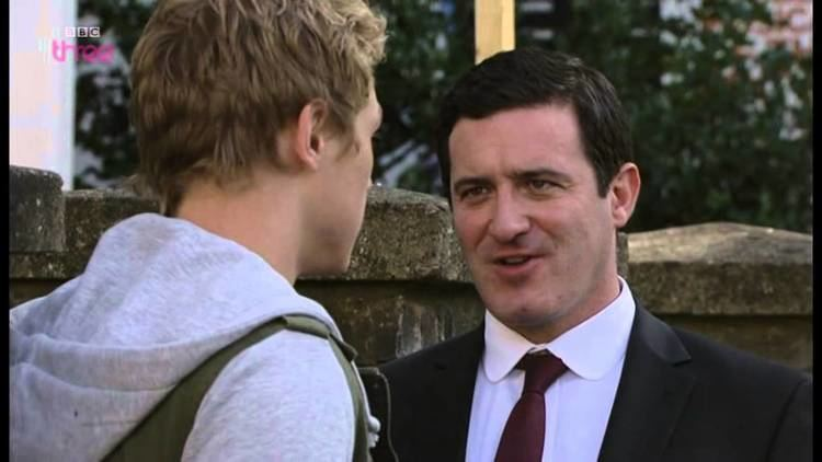 Carl White Eastenders Carl White beats Peter Beale to a pulp YouTube