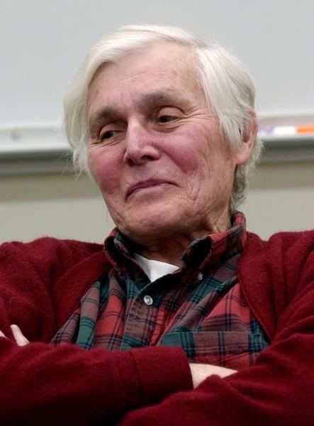 Carl Woese Colleagues pay finals respects to UI microbiologist News