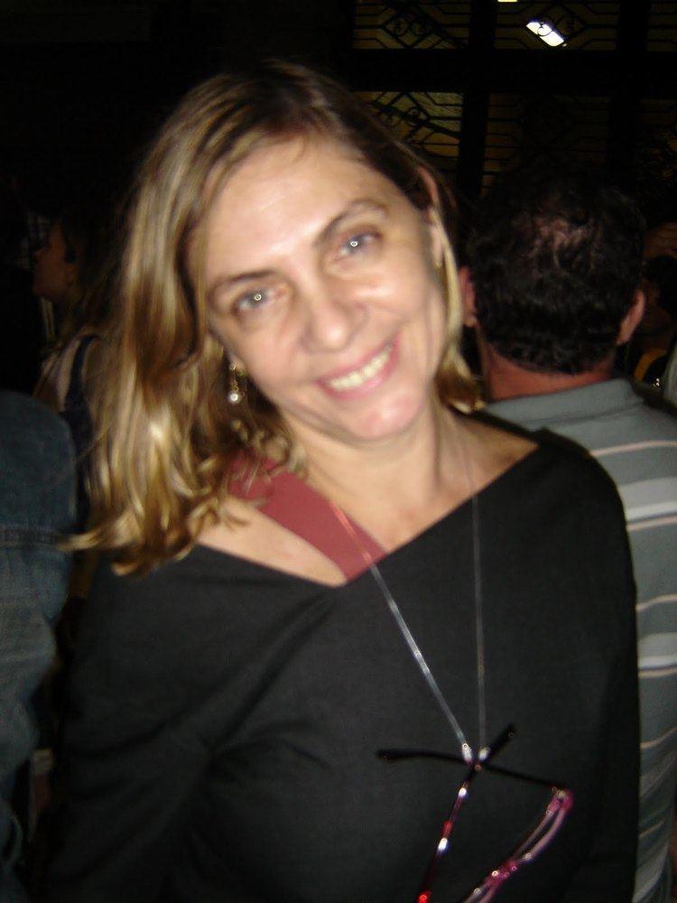 Carla Camurati 2bpblogspotcom2DS0lZgNrocTKQaS1FEm5IAAAAAAA