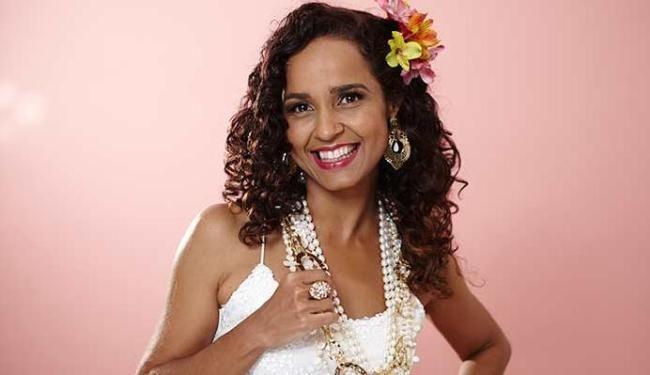 Carla Visi Carla Visi lana CD com msicas do repertrio de Clara