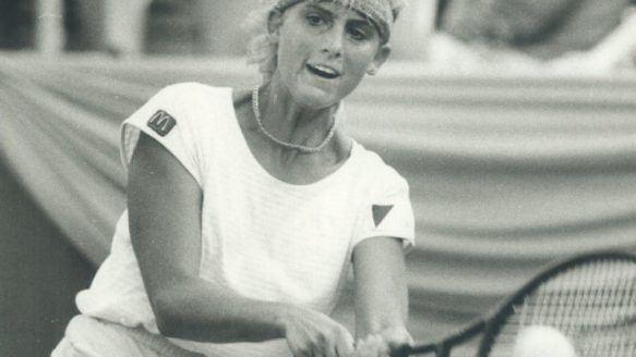 Carling Bassett-Seguso Feel this moment39 Canadian tennis legend advises Eugenie
