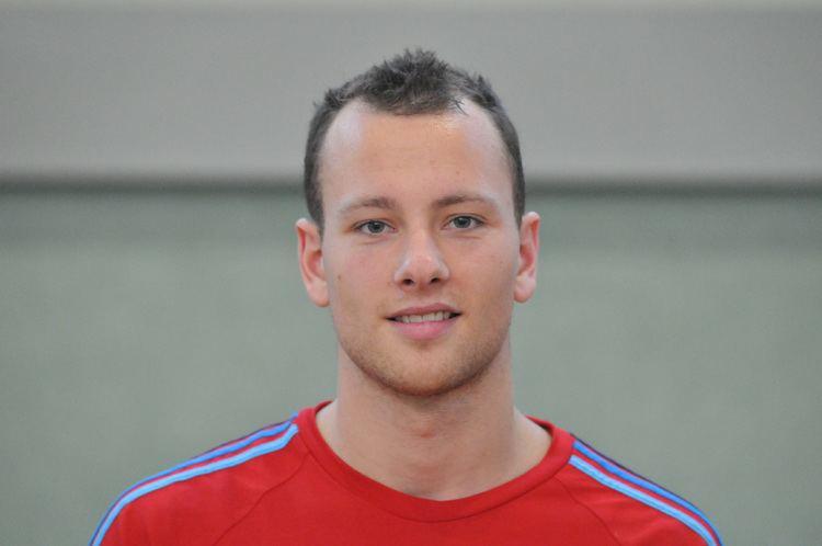 Carlo Paech Carlo Paech fliegt auf den ersten Platz TSV Bayer 04