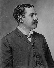 Carlos Antonio Mendoza httpsuploadwikimediaorgwikipediacommonsthu
