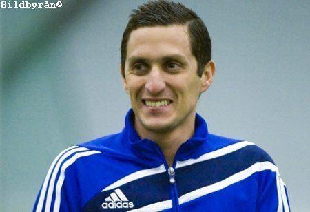 Carlos Banda (footballer, born 1978) wwwsvenskafanscomimage7108483CarlosBandaom
