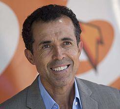 Carlos Barra httpsuploadwikimediaorgwikipediacommonsthu