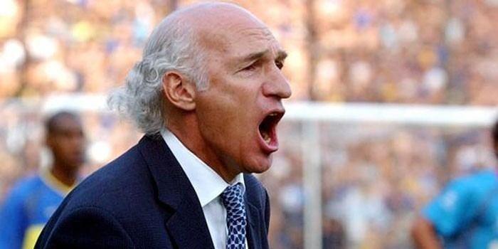 Carlos Bianchi Cesan a Carlos Bianchi como tcnico de Boca Juniors