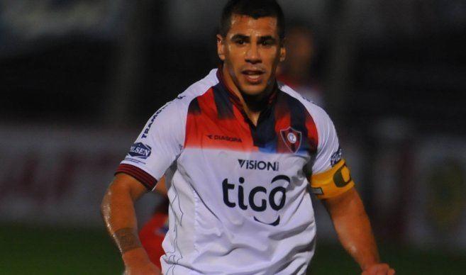 Carlos Bonet Carlos Bonet y su deseo de tumbar al lder del Clausura Cerro Porteo