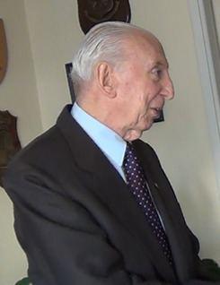 Carlos Büsser httpsuploadwikimediaorgwikipediacommonsthu