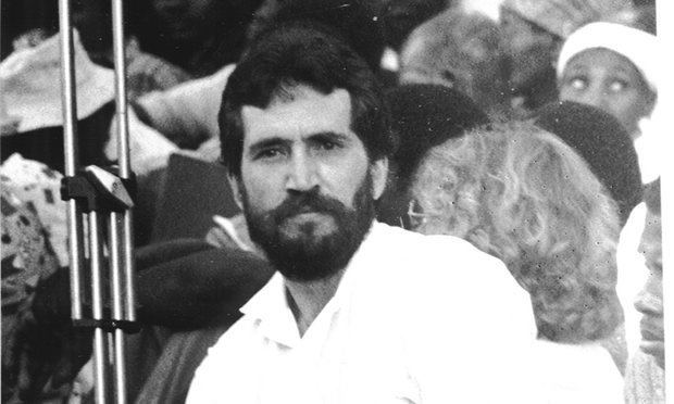 Carlos Cardoso (journalist) Mozambican journalist Carlos Cardoso remembered at WITS Club of