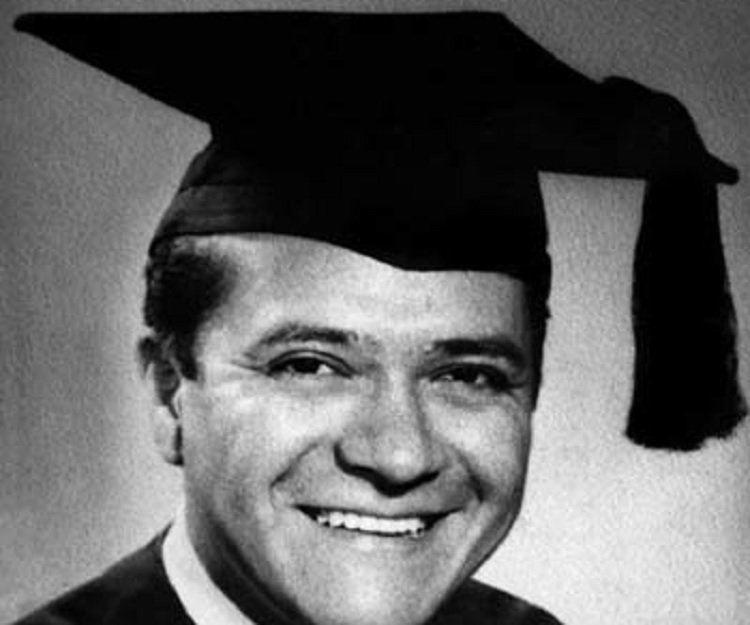 Carlos Castaneda Carlos Castaneda Biography Childhood Life Achievements