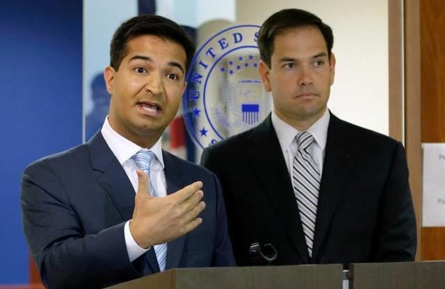 Carlos Curbelo (footballer) Carlos Curbelo breaks ranks with other Republicans on some
