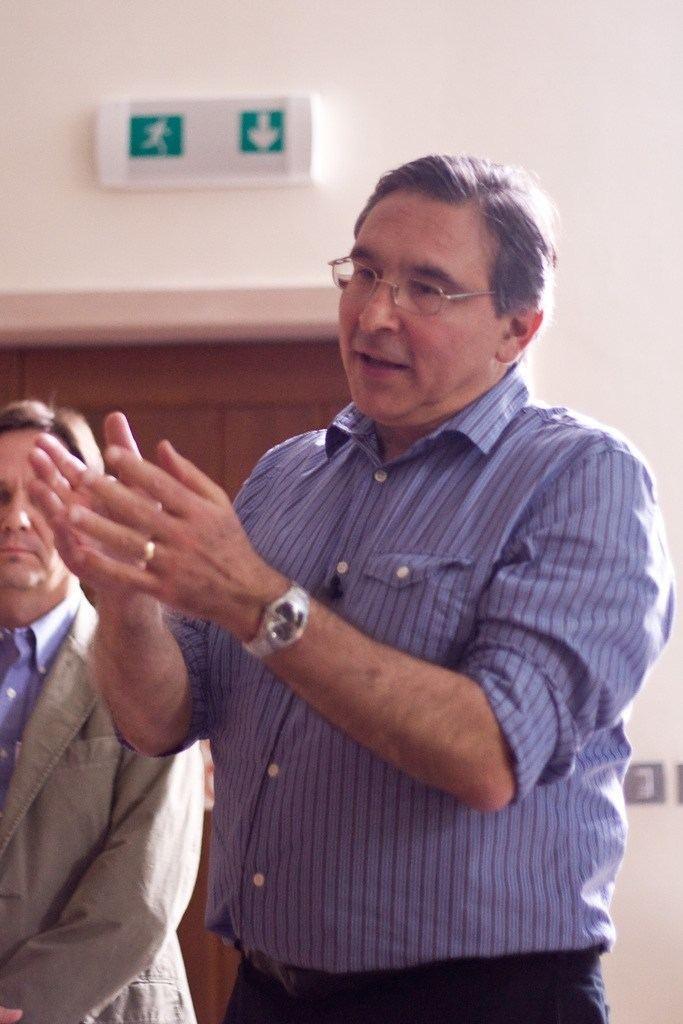 Carlos Frenk Carlos Frenk In the Dark