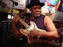 Carlos Johnson (musician) httpsuploadwikimediaorgwikipediacommonsthu