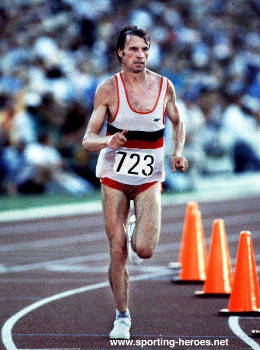 Carlos Lopes Carlos Lopes Marathon gold in 1984 at the age of 37