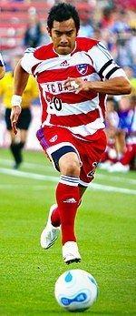 Carlos Ruiz (Guatemalan footballer) httpsuploadwikimediaorgwikipediacommonsthu